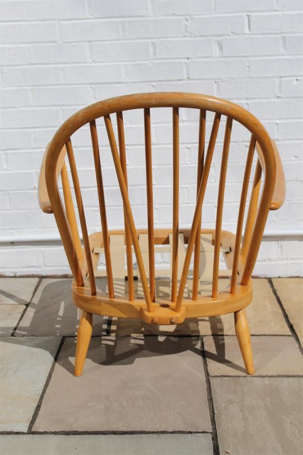 Ercol Windsor Easy Chair Model 203